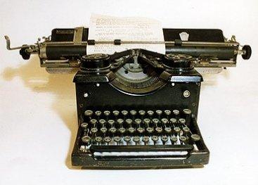 Schrijfmaschine van Coba Veltman