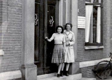 1943, Truus en Freddie bij Evacuatie Ziekenhuis Twenthe.