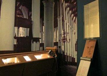 Foto van het museum van het gedeelte over de kerken.