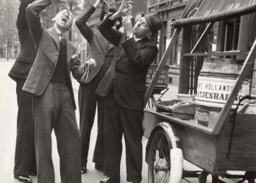 Haringkar in Rotterdam, 1937